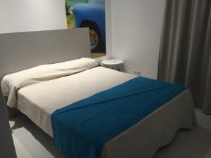 hostel-floridita-hotel-follow-me-around-mallorca-urlaub-sommer-fma-lamo-elvis-lamoureux-7